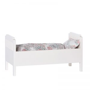 Pip and Sox - Maileg Small Wooden Bed - Off White